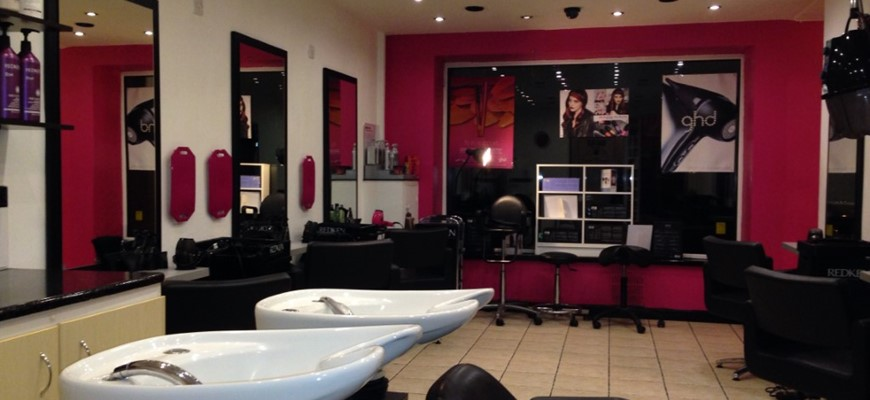 PRICE REDUCED - Hair & Beauty Salon in Bebbington