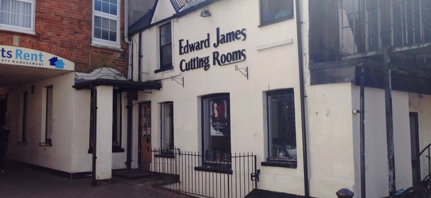PRICE REDUCED - Excellent Hairdressers in Basingstoke Town Centre