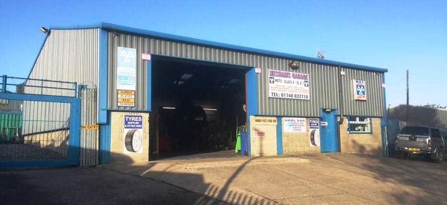 PRICE REDUCED - MOT Garage with Large Workshop in Richmond
