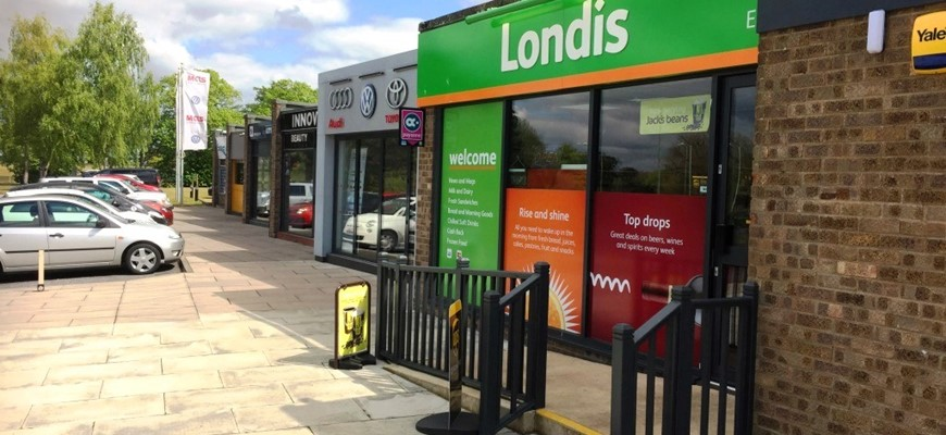 PRICE REDUCED - Popular LONDIS convenience Store - Suffolk