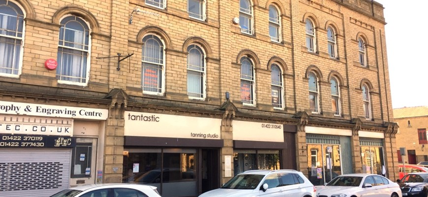 PRICE REDUCED - Outstanding Tanning Salon in West Yorkshire